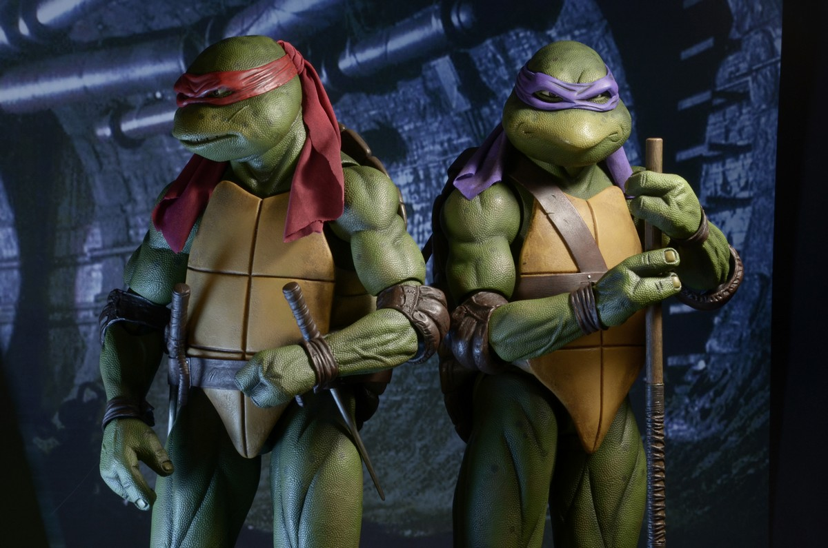 NECA Teenage Mutant Ninja Turtles (1990) 1/4 Scale Raphael ...