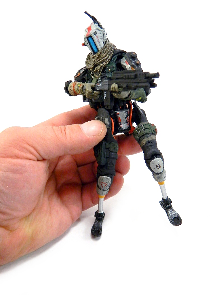 photo review  mcfarlane toys color tops titanfall 2 jester