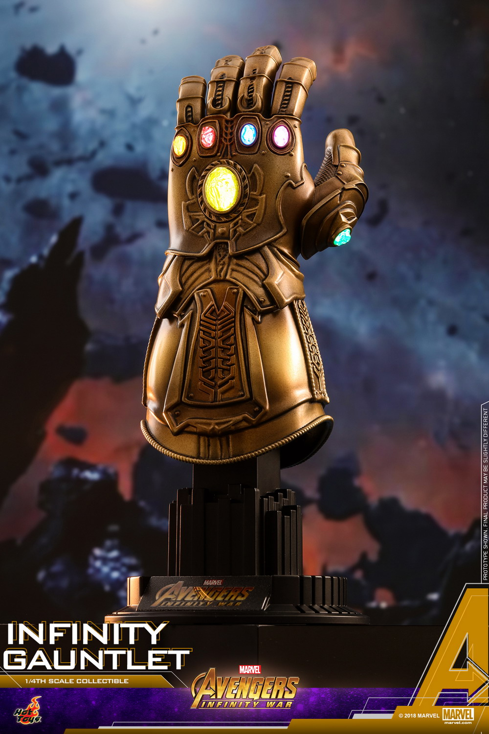 Hot Toys - AIW - Infinity Gauntlet Collectible_PR1