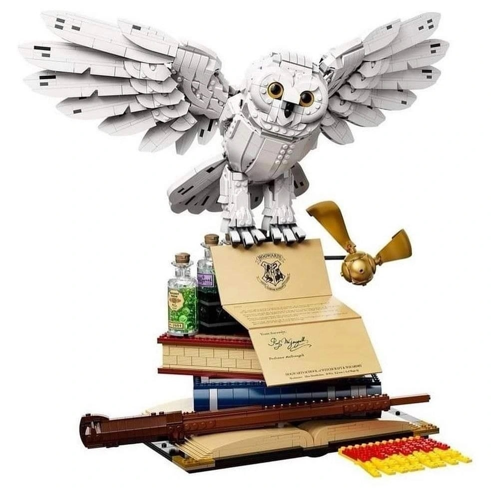 LEGO-Harry-Potter-Hogwarts-Icons-Collectors-Edition-76391-3
