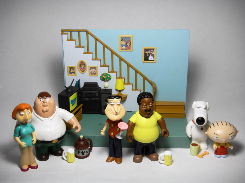 Family Guy Toys Toywiz : Review a closer look at playmates new family guy toy line