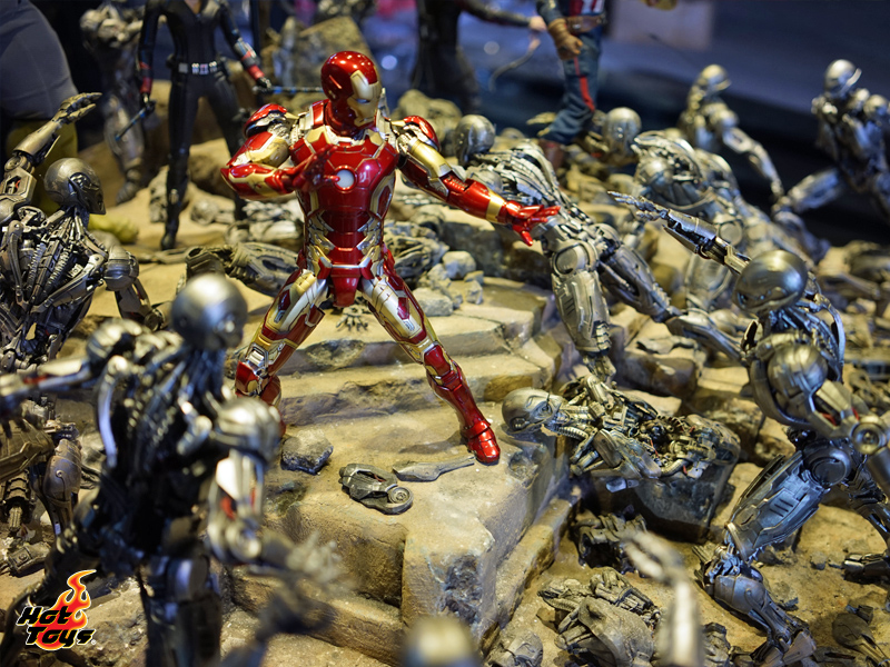 """Hot Toys: Hot Toys """"Marvel's Avengers: Age of Ultron ..."""