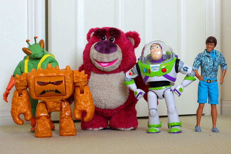 Review Toy Story Collection Chunk And Twitch
