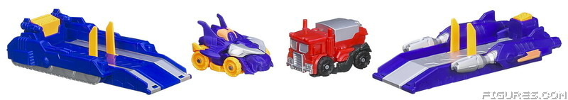 A2584_OPTIMUS_PRIME_vs_MEGATRON_Vehicle_Mode