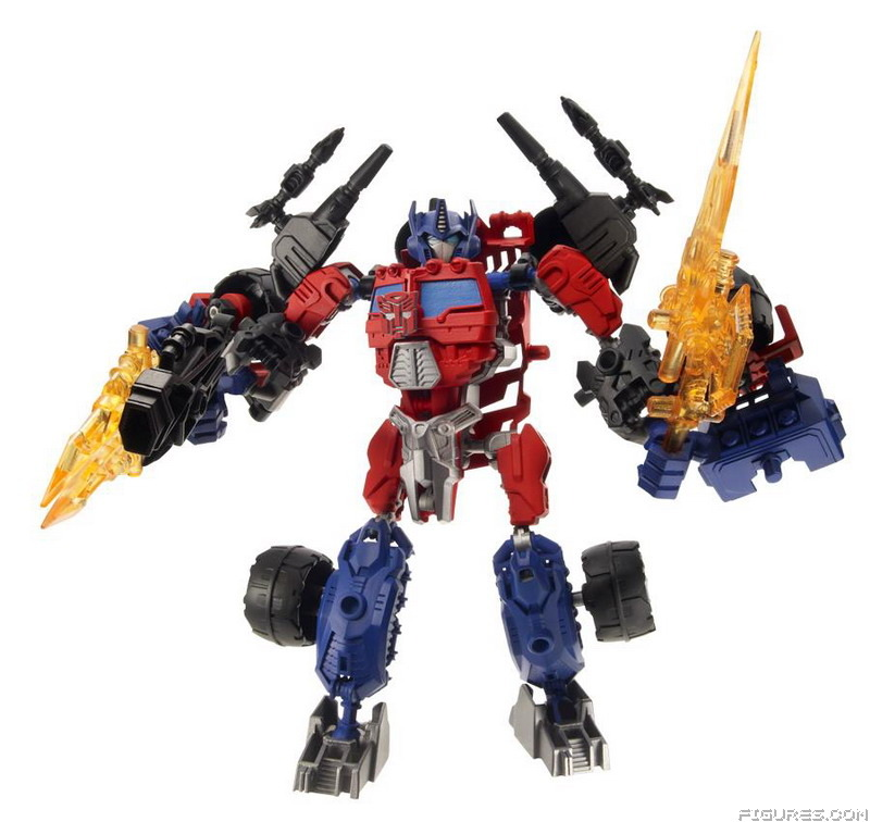 A3741_Construct-Bots_Ultimate_Optimus_Prime_Robot_Mode_wWeapon