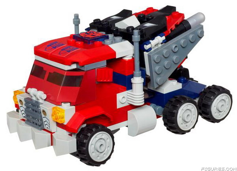 A2203_KRE-O_TRANSFORMERS_BEAST_BLADE_OPTIMUS_PRIME_-_Vehicle