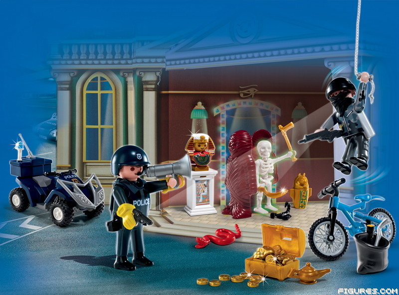 4168_-_Advent_Calendar_Police_with_cool_additional_surprises1