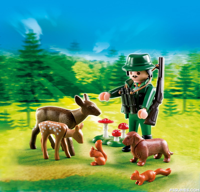 4938_-_Ranger_with_Forest_Animals1