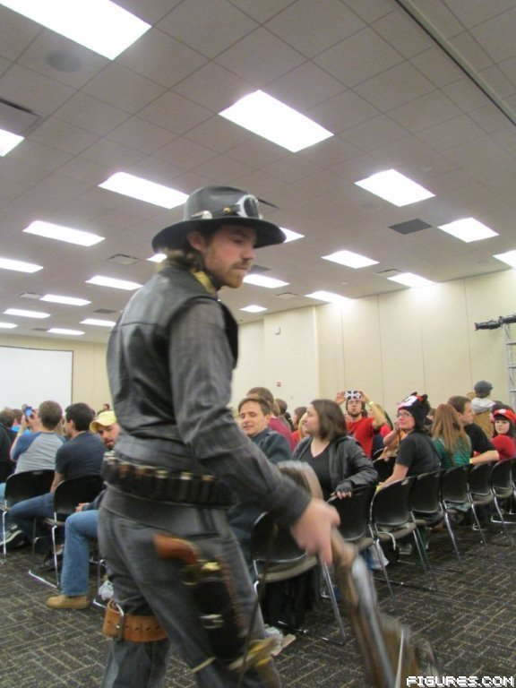 stl_wizard_world_2013_costume_contest_151