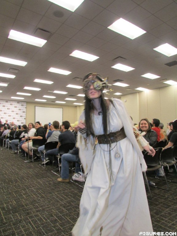 stl_wizard_world_2013_costume_contest_153