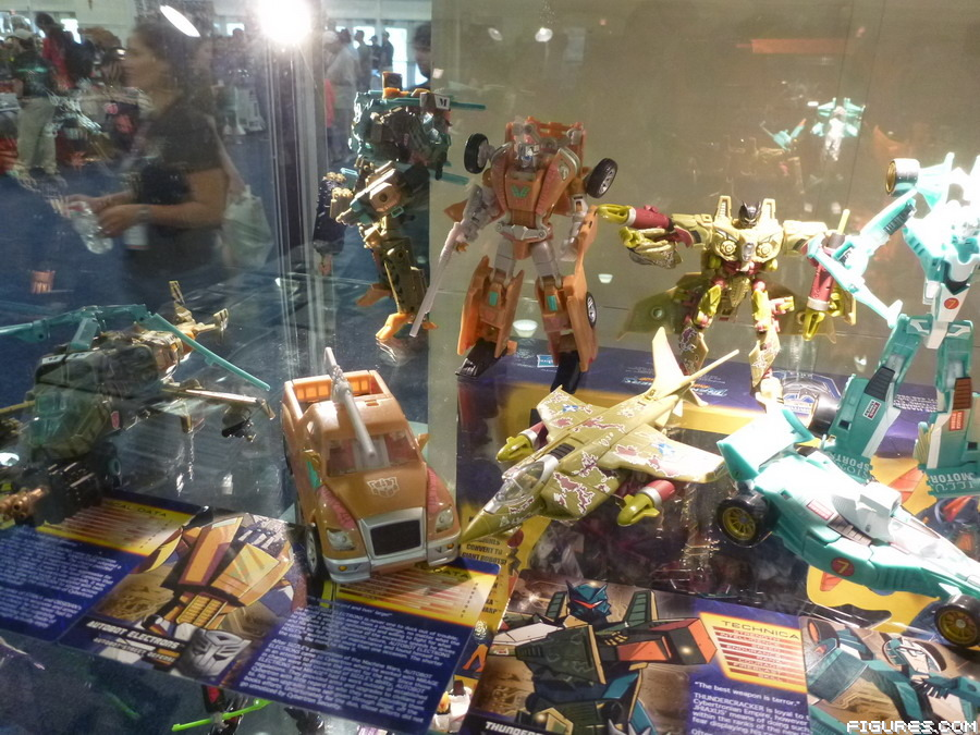 botcon_exclusives06