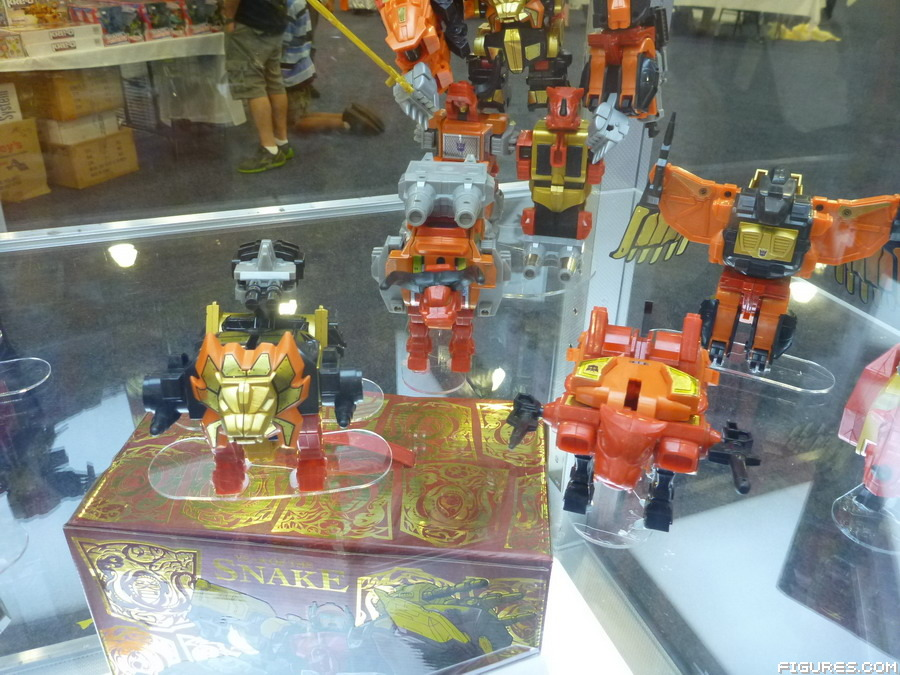 exclusive-predaking04
