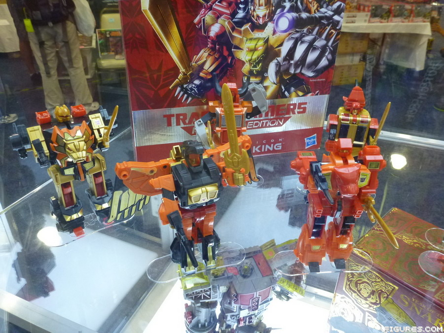 exclusive-predaking06