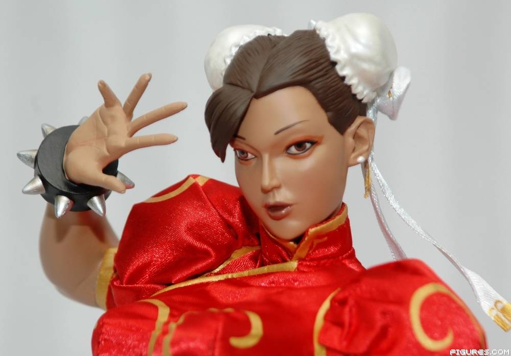 Chun Li Mixed Media Statue