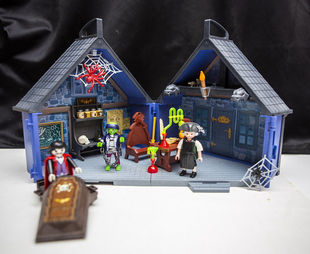 Review Get Into The Halloween Spirit With Playmobil S