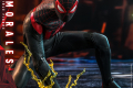 Hot Toys - SMMM - Miles Morales collectible figure_PR4