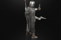 STAR WARS THE BLACK SERIES 6-INCH DIN DJARIN (THE MANDALORIAN) & THE CHILD BUILD-UP PACK - oop (1)