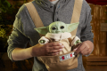 STAR WARS THE CHILD ANIMATRONIC EDITION WITH 3-IN-1 CARRIER - lifestyle (7)